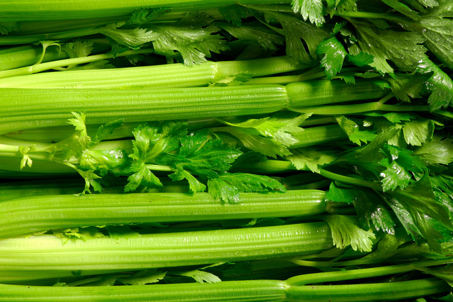 Celery-as-a-substitute-for-green-onions