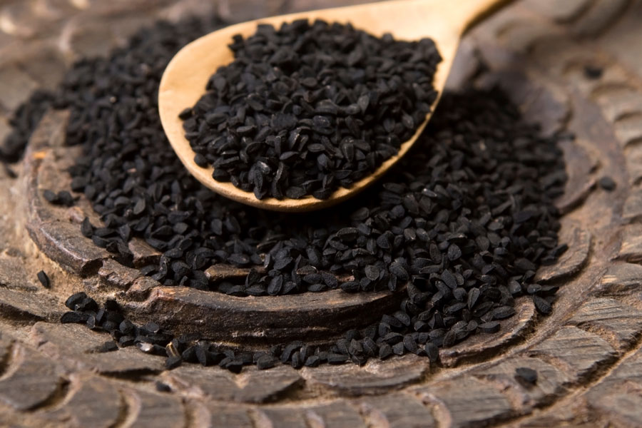 Nigella-seeds--as-a-substitute-for-caraway-seeds