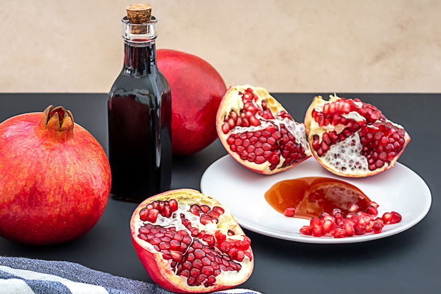pomegranate-molasses-as-a-substitute-for-tamarind-paste