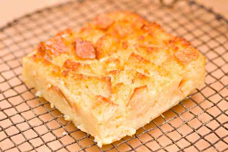 White chocolate and bread pudding with amaretto sauce